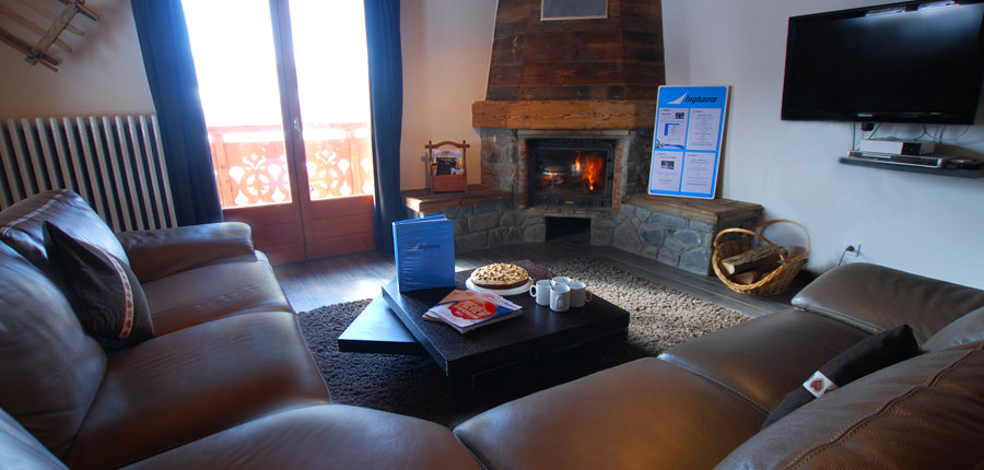 france_avoriaz_chalet-jean-france_lounge-area.jpg